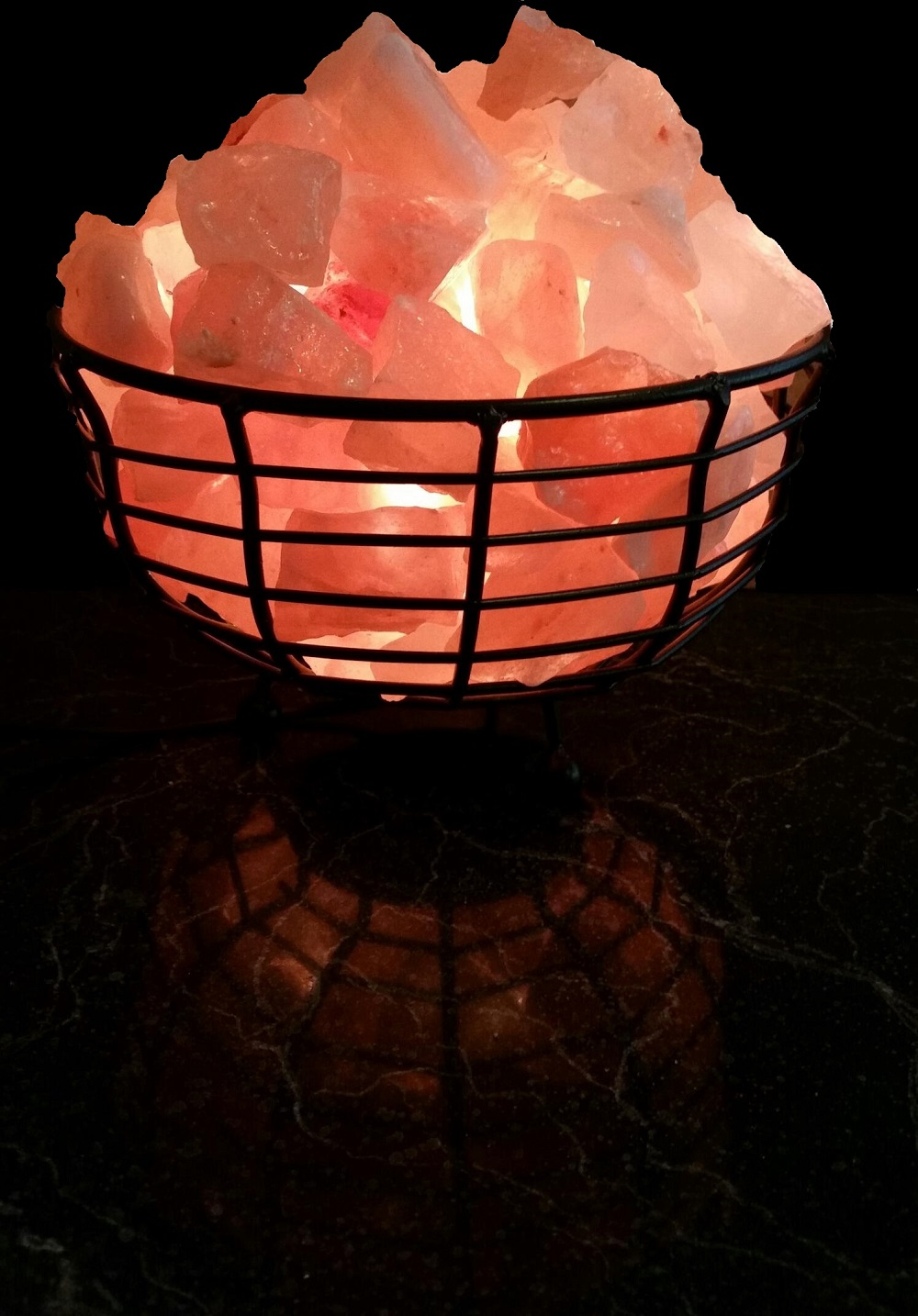 Himalayan Salt Lamps How They Work And Their Benefits