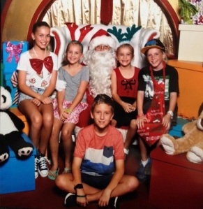 FAMILY CHRISTMAS1