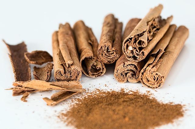 cinnamon-stick-514243_640